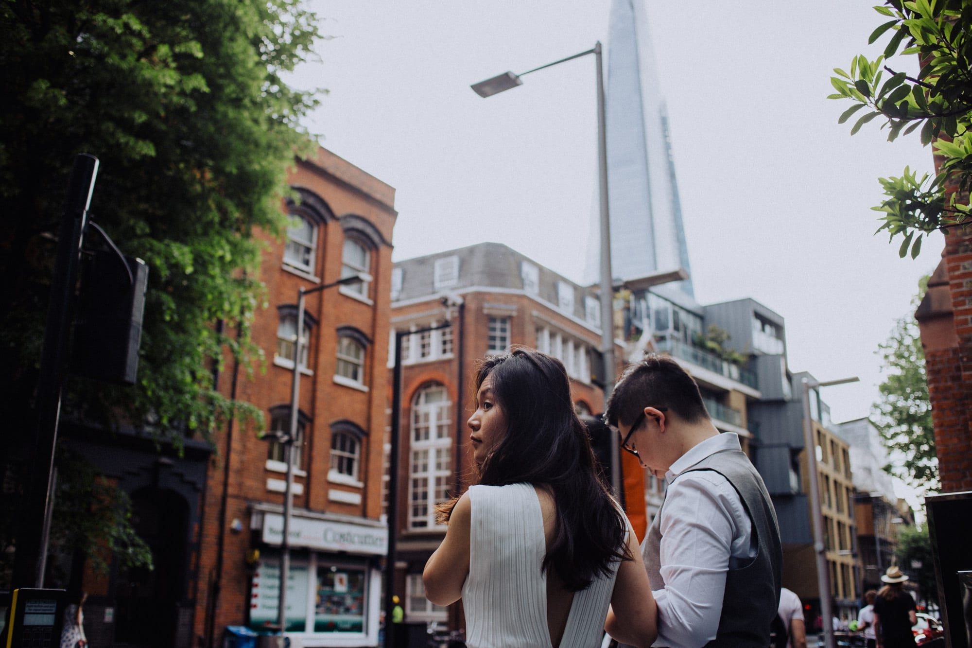 068_Emma&Kervin_CoupleSession_London_ManonPauffinPhotography__MG_1041_LOres
