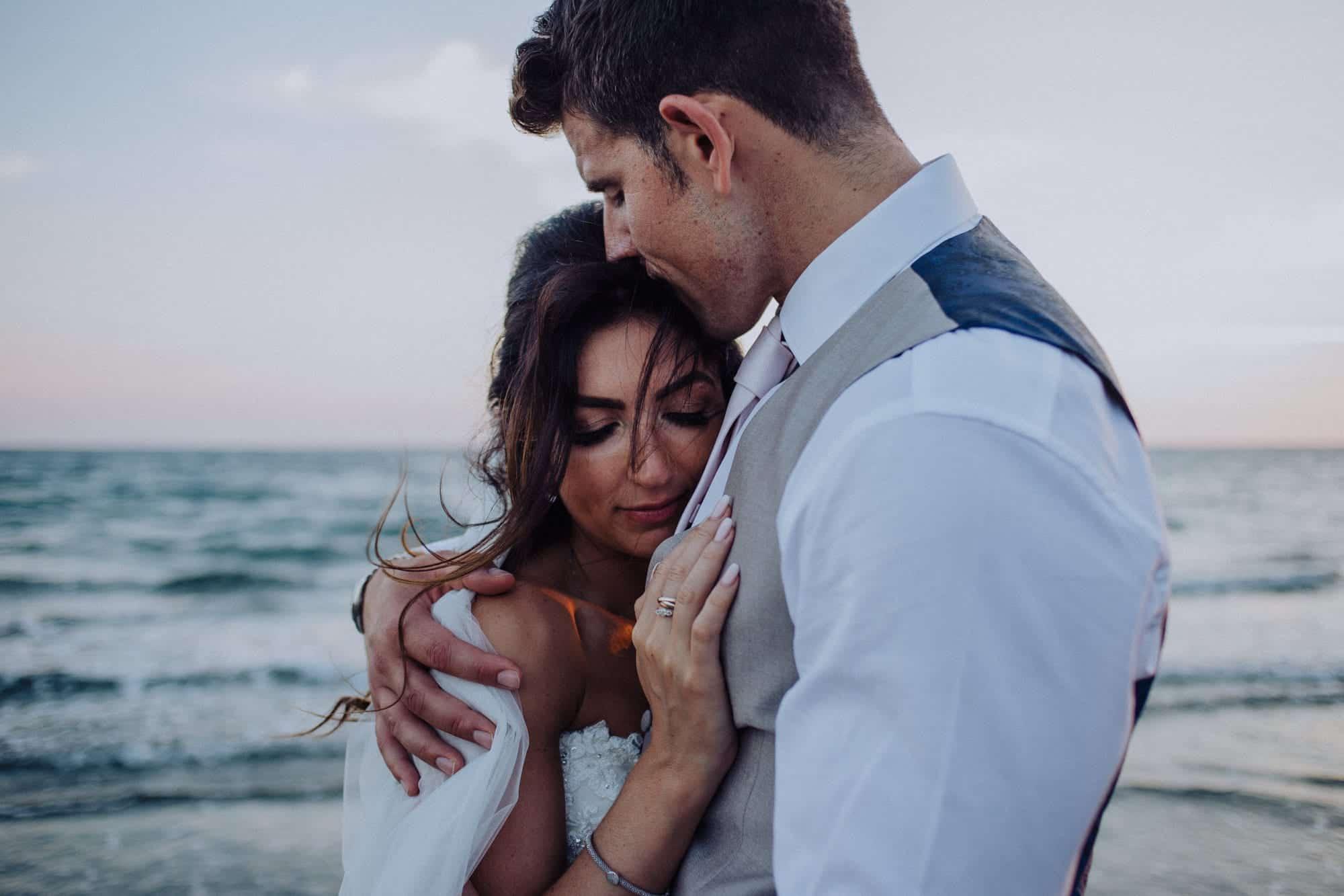 356_Johnny&Kat_Wedding_EliasBeachHotel_Limassol_Cyprus_ManonPauffinPhotography__MG_7747_LOres